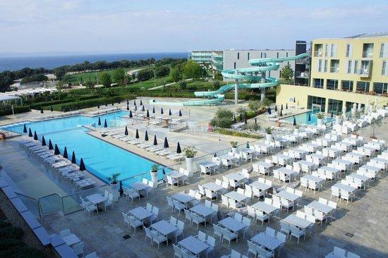 Falkensteiner Family Hotel Diadora: Pool mit Rutsche