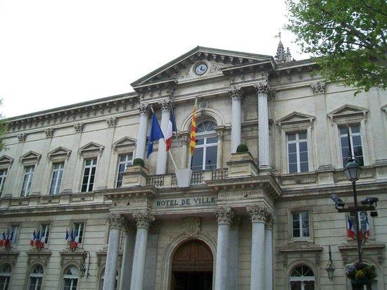 Hotel de Ville di Avignone