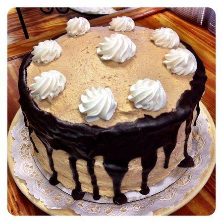 The Purple Onion Cafe: Chocolate Peanut Butter Cake