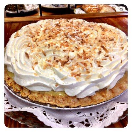 The Purple Onion Cafe: Coconut Cream Pie