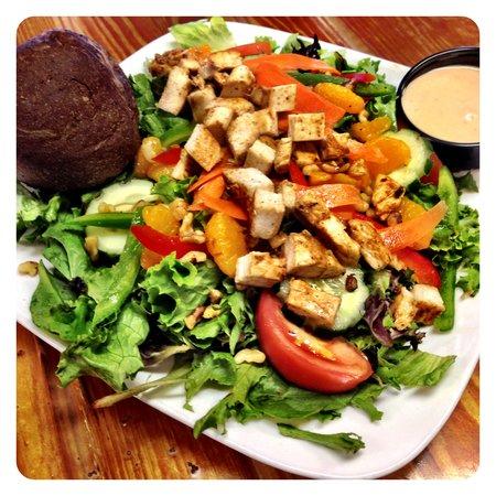 The Purple Onion Cafe: Purple Onion Salad
