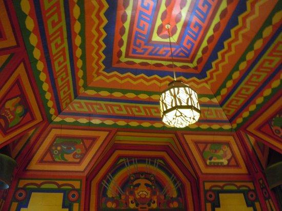 Naniboujou Historic Lodge Restaurant: Interior decoration