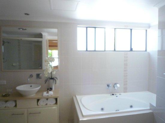 Shantara Resort  Port Douglas: Bathroom