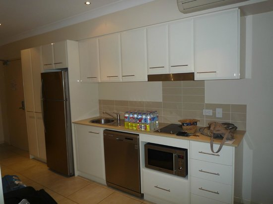 Shantara Resort  Port Douglas: Kitchen