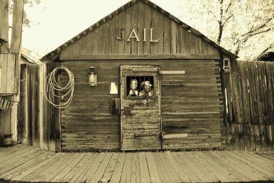 Bodfish, CA: Jail.