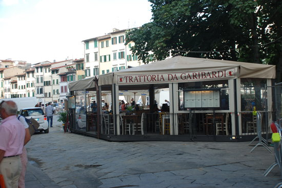 Florence Apartments Central: The Trattoria next to the check in point