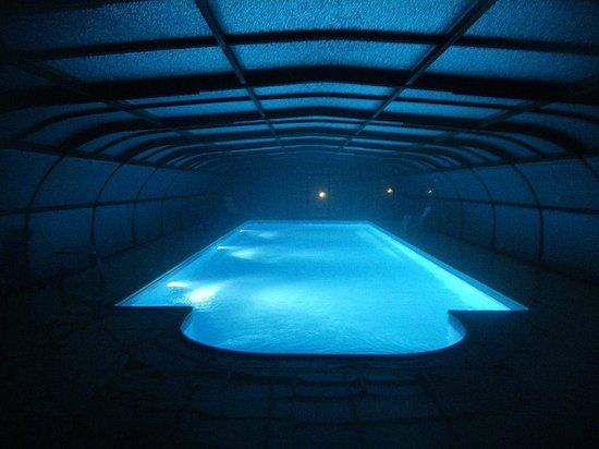 Domaine des Tuileries : piscine de nuit