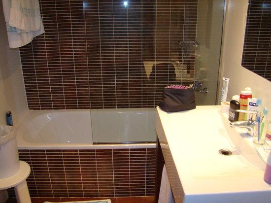 Hotel Rialto: the bathroom