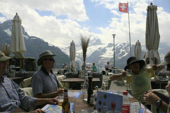 Sunstar Alpine Hotel Grindelwald : Terrace restaurant at Grosse Scheidegg.