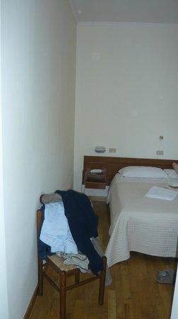 Hotel Roma : non vi sembra davvero squallida?