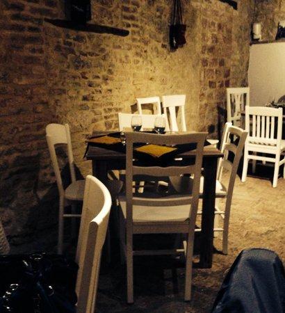 Umbria DOC - Taverna Dei Sapori : La piccola Sala di Umbria Doc