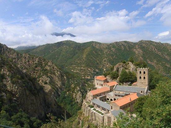 Abbaye Saint Martin du Canigou: サン・マルタン・ド・カニグー修道院