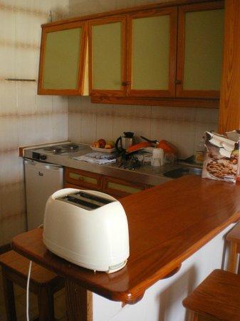 Carlota Apartments : cozinha