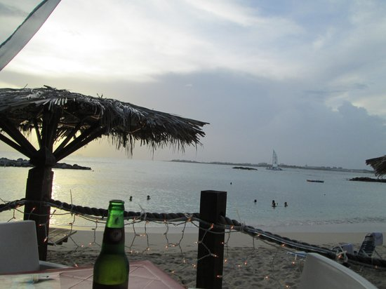 Topper's By The Sea : Topper's by the Beach, view from our table