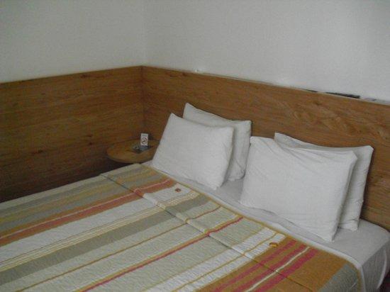 Ipanema Inn: Cama matrimonial