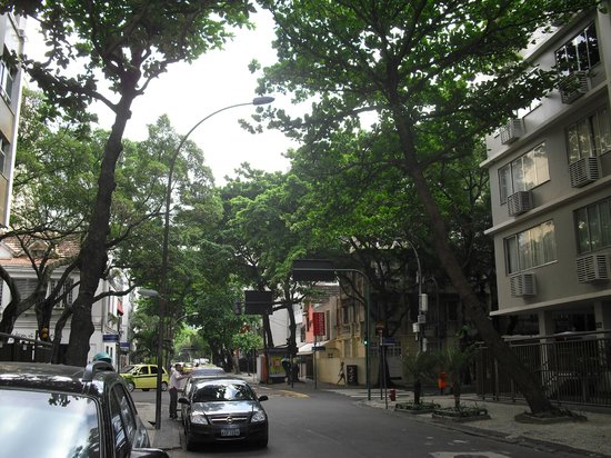 Ipanema Inn: La calle