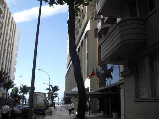 Ipanema Inn: Muy cerca está la playa