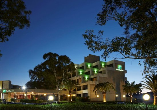 ‪Holiday Inn Warwick Farm‬