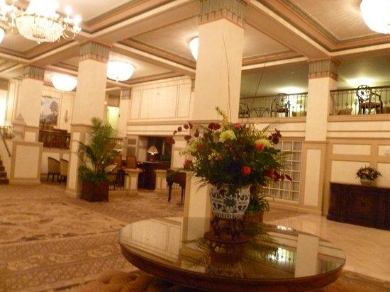 Francis Marion Hotel: Hotel Lobby