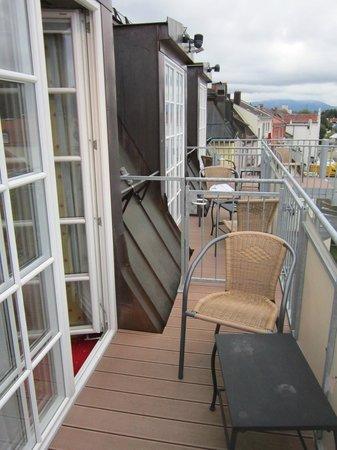 Hotel Schlosskrone: Varanda do nosso quarto