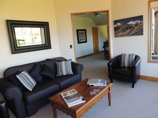 The Turret : Turret Suite Sitting Room