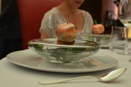 l'Auberge du Vieux Puits : De postre: una manzana
