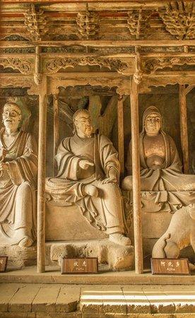 Shuanglin Tempel: Artistic clay statues