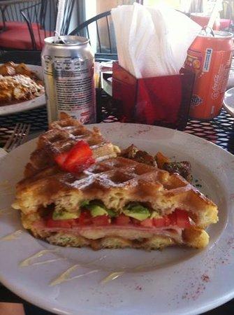 Rooster Cafe : Monte Cristo breakfast sandwich.