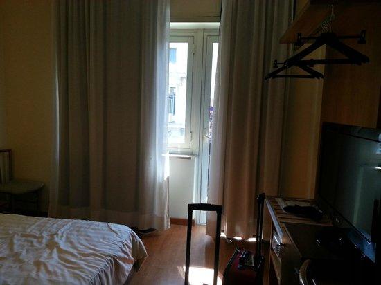 BEST WESTERN Globus Hotel: From the Door