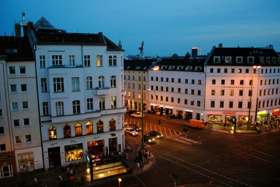 The Circus Hostel: Rosenthaler Platz at night