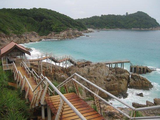 Shari-La Island Resort: Nearby D'Lagoon beach