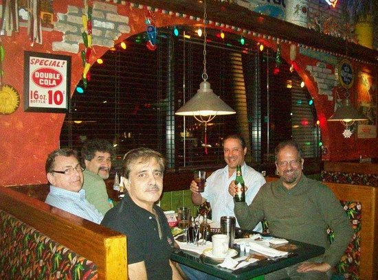 Tijuana Taxi Co.: Tijuana Taxi,Coral Springs,FL- Fun Night with some Pals. I am in upper right -green shirt.