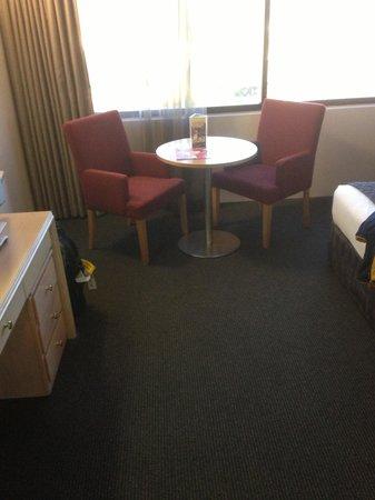 Mercure Penrith: Sitting area