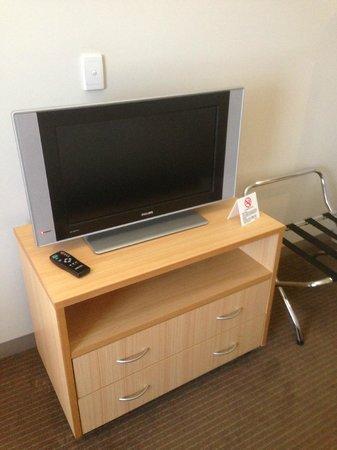 Travelodge Hotel Garden City Brisbane: TV