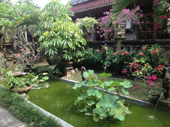 Gunung Merta Bungalows: Beautiful Gardens of Gunung Merta