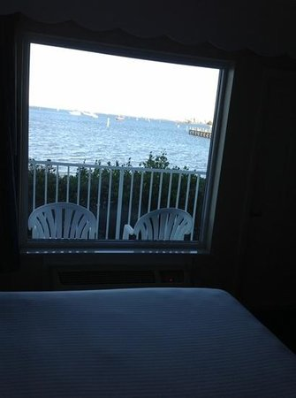 Capt Hiram's Resort: our view from bed
