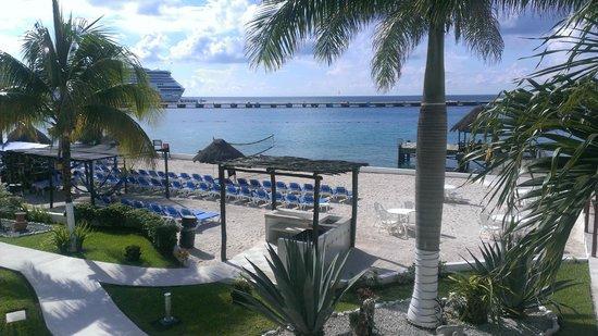 El Cid La Ceiba Beach Hotel: vista habitacion