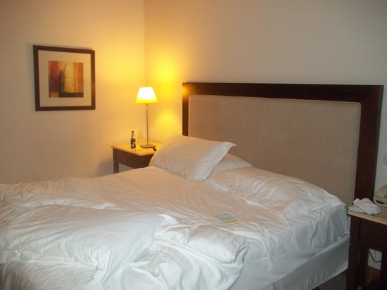 Sheraton Colonia Golf & Spa Resort: La cama matrimonial