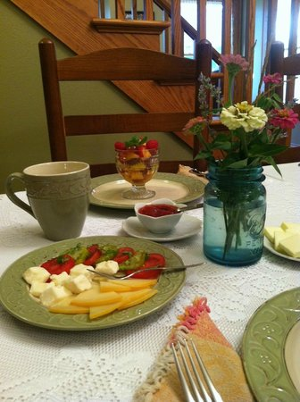 The Cheesemaker's Inn: Typical breakfast starters from Frisian Farms