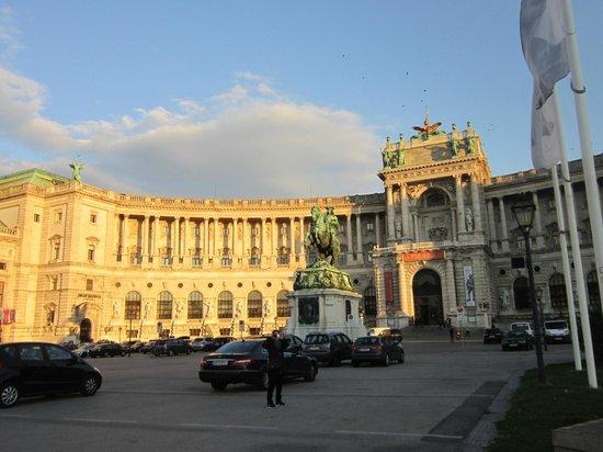 Schlosshotel Roemischer Kaiser : Área histórica