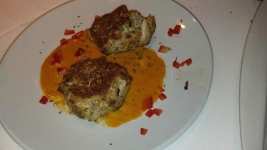 Fleming's Prime Steakhouse & Wine Bar : Flemings Crab Cakes