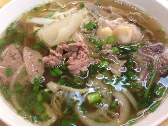 Pho Hung: soup is fresh