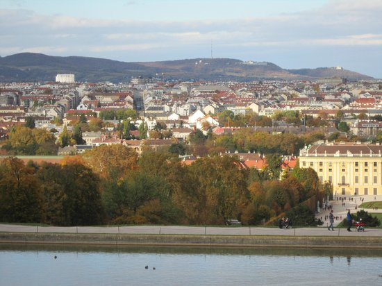 Schlosshotel Roemischer Kaiser : Vista dos jardins do Palácio de Schonbrunn