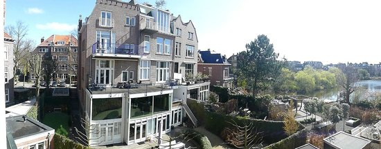 Vista do quarto dos fundos do hotel Central Park - Amsterdam.
