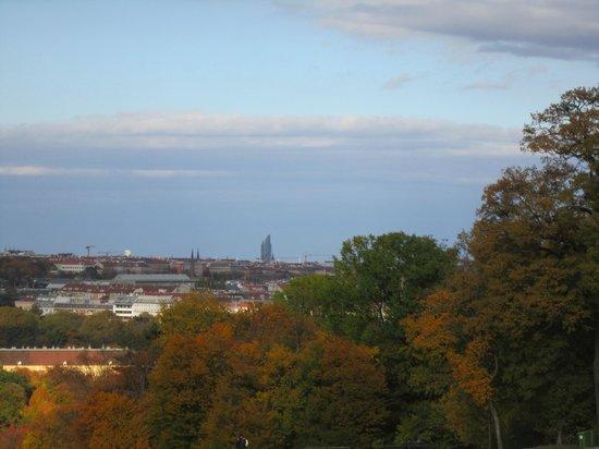 Schlosshotel Roemischer Kaiser: Vista dos jardins do Palácio de Schonbrunn