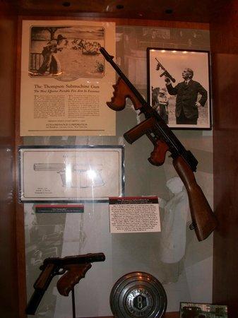 National Museum of Crime & Punishment : submachine gun