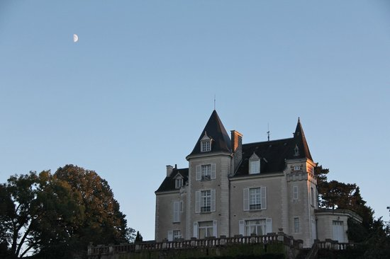Chateau de la Villaine: View from the garden!