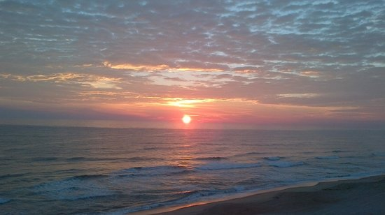 Comfort Inn South Oceanfront: Sunrise