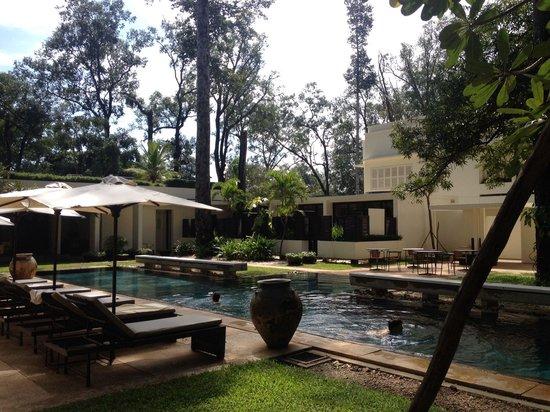 FCC Angkor: Бассейн