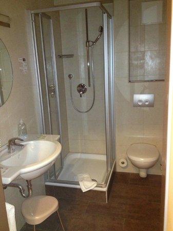 Hotel Rappen Rothenburg ob der Tauber: bath